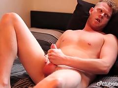 Amateur Ingenuous Cadger Cooper Masturbating