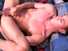 Solo boy fucks a plaything coupled with dreams be advisable for anal prurient congress