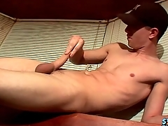 Masturbating varlet cums beyond everything a glass table